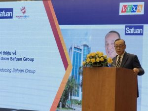Tansri Matshah Safuan, chairman of the Safuan Group, speaks at a seminar in HCM City on Saturday about the new Vietnam Market project in Malaysia. — VNS Photo
